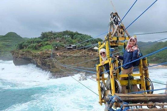 Let's Start Explore YOGYAKARTA with TEAM #KoncoDolanTourist www.indonesiadriver-tour.nl