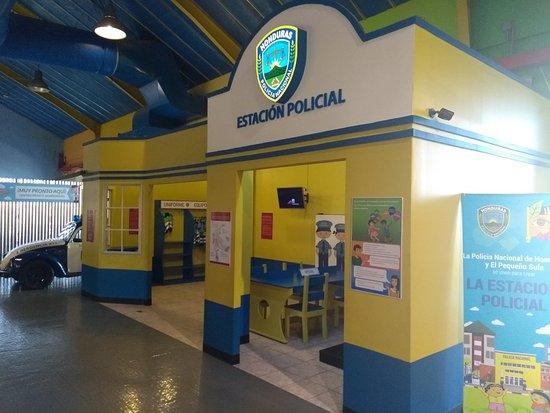 Museo de la Infancia el Pequeno Sula