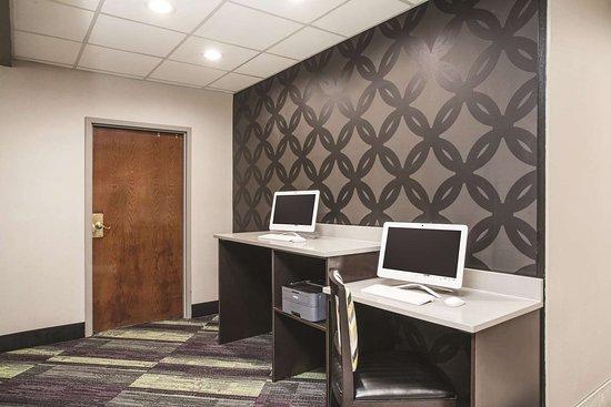 La Quinta Inn & Suites Clearwater South: Business center