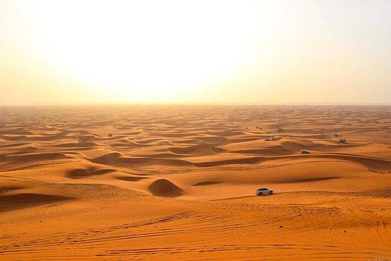 Sundowner Desert Safari og middag