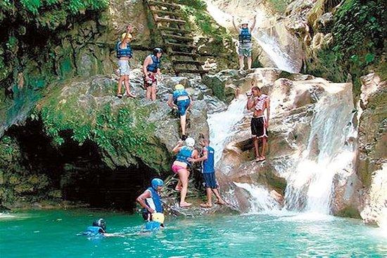 Damajagua 27 cascadas con guías...