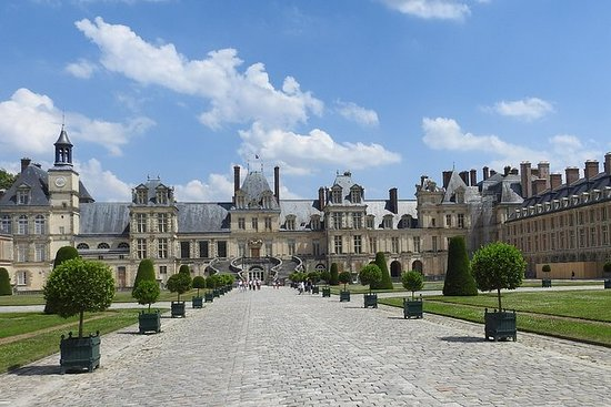 Fontainebleau Chateau Retreat from...