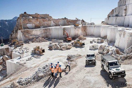 吉普車卡拉拉大理石採石場之旅