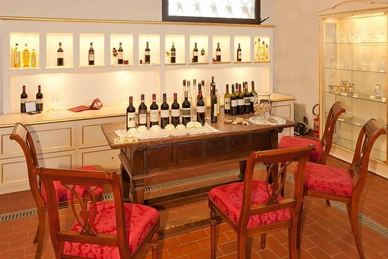 Ampia degustazione di vini a Tenuta