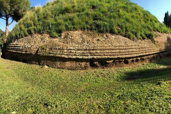 Ein Tag mit den Etruskern: von Rom...