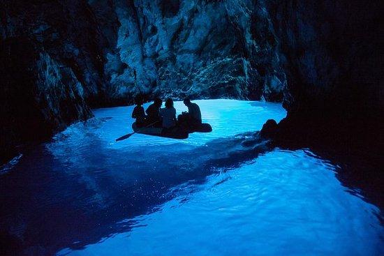 Blue Cave, Vis og Hvar av speedboat