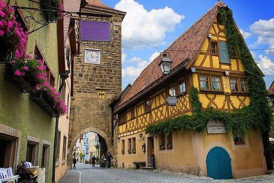 Tour privado a pie por Rothenburg ob...