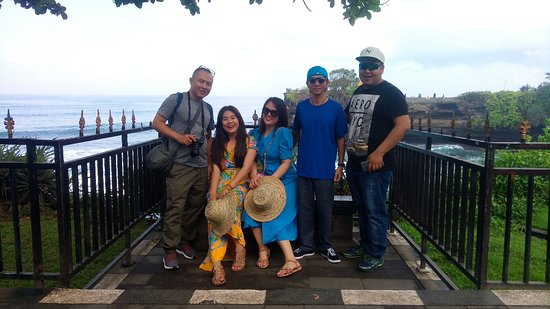 Bedugul, إندونيسيا: Explore bali with HONG LE TRAN and Lie Dyn from Vietnam..