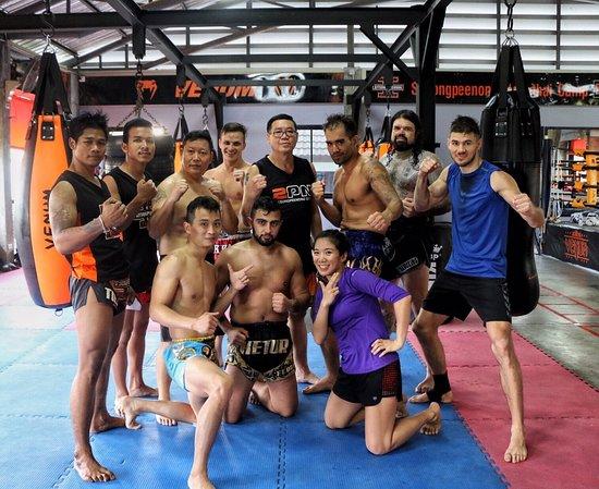 Sitsongpeenong Muay Thai Bangkok