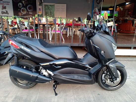 Yamaha X Max 300cc Available for rent!!