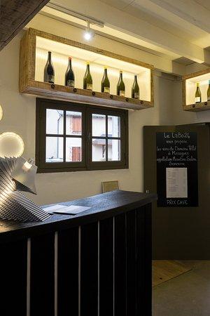 Des luminaires et les vins du Domaine Pellé