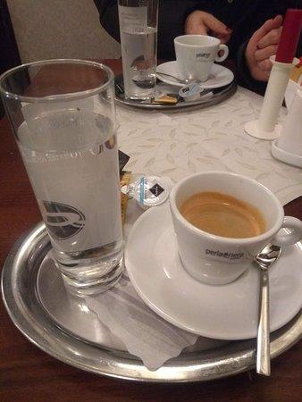 Gasthaus Postl: Café delicioso no final