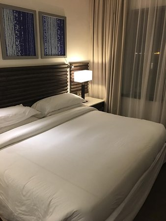 Four Points by Sheraton Nairobi Airport: Chambre