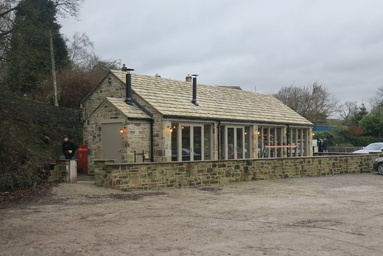 The Riverbank  Cafe at Burnsall  showing ease of access from car park
