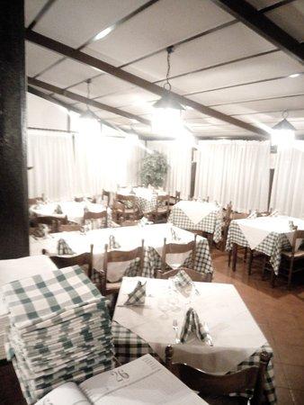 immagine Saloon In Reggio nell'emilia