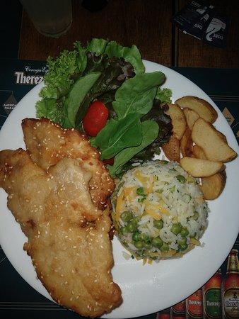 Peixe Maresias - peixe, arroz, batata e salada