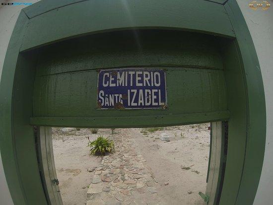 Cemiterio Bizantino: O inusitado e diferente Cemitério Bizantino de Santa Izabel considerado o ÚNICO desse estilo no Brasil....e um rápido passeio pela cidade de Mucugê.
