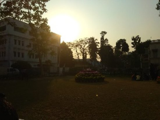 Kalküta, Hindistan: View fRabindra Bharati University, Kolkata, India while the Sun setting.