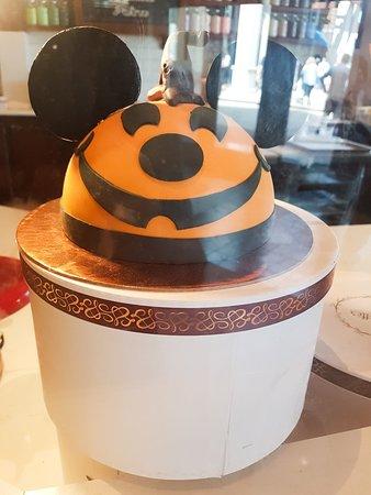 Large Halloween Cake