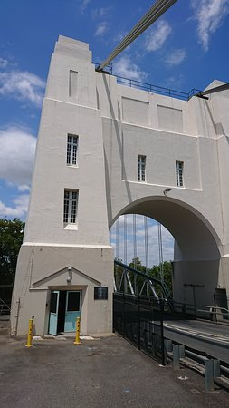 Walter Taylor Bridge Tower, Indooroopilly side of the