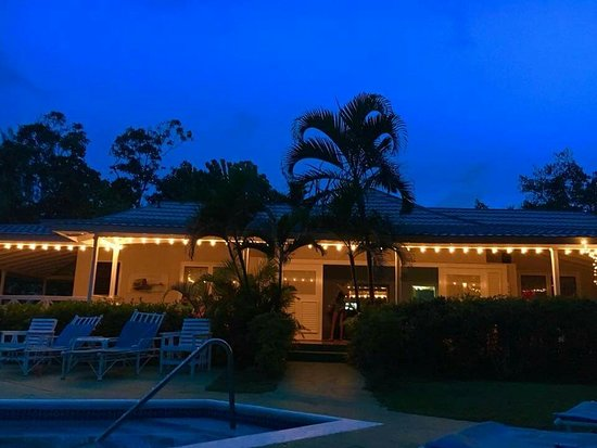 Tower Isle, Jamaica: Villa Vineto is the name of this Beautiful Vacation Home Rental .....