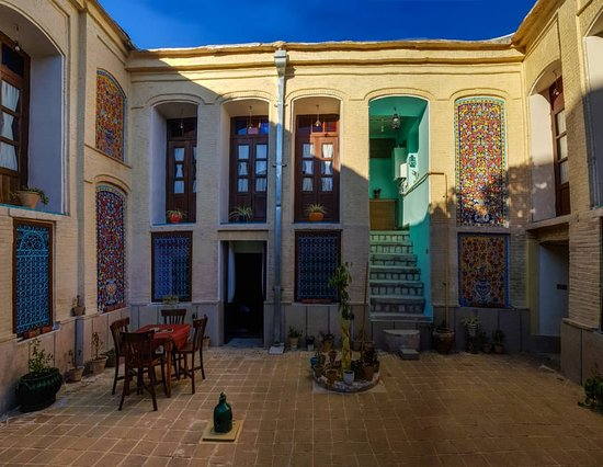 Pasin Traditional Hotel: In persian mood...