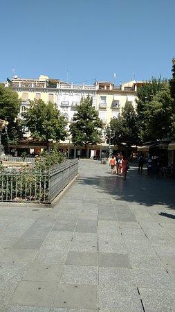 Plaza Bib-Rambla: Площадь