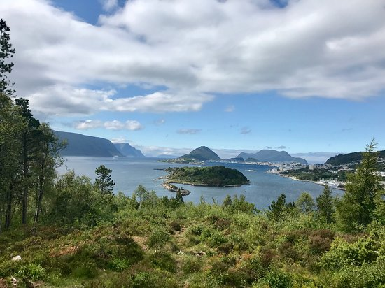 Walk to Borgundgavlen