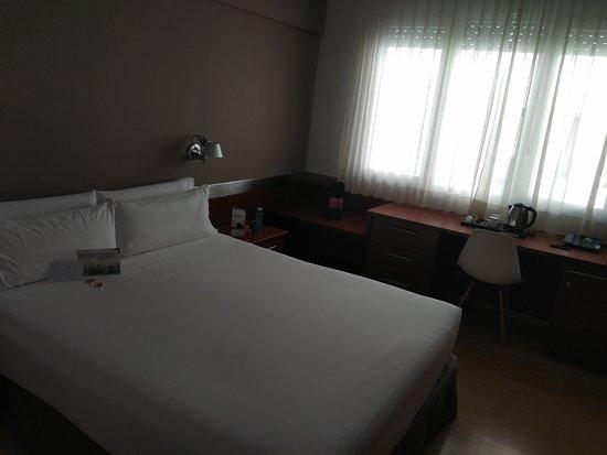 Tres Torres Atiram Hotel: Higiene y luminosidad