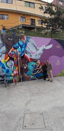Medellin City Services: Street art in Medellin