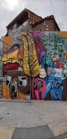Medellin City Services: Vibrant Medellin streets