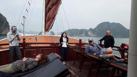 www.sailsofindochina.com