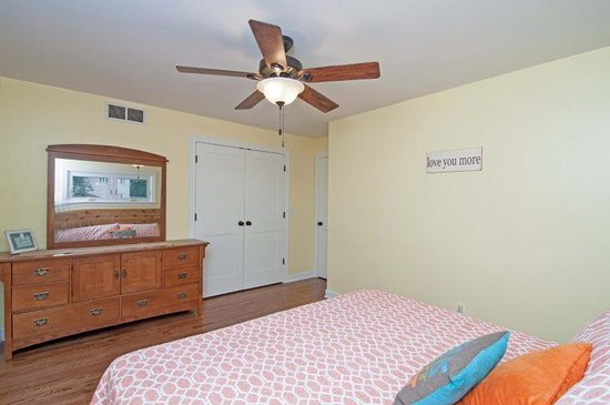 Long Beach, IN: Bedroom #2: 1 King sized bed