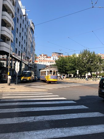 لشبونة, البرتغال: Tram 28
