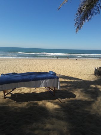 Massage with Sonia in front if the sea in mar a villas trailer park