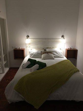 Pub Number Two: Pormenor do quarto de dormir