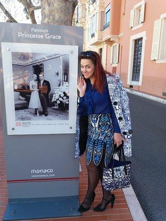 Tania Monaco Guide