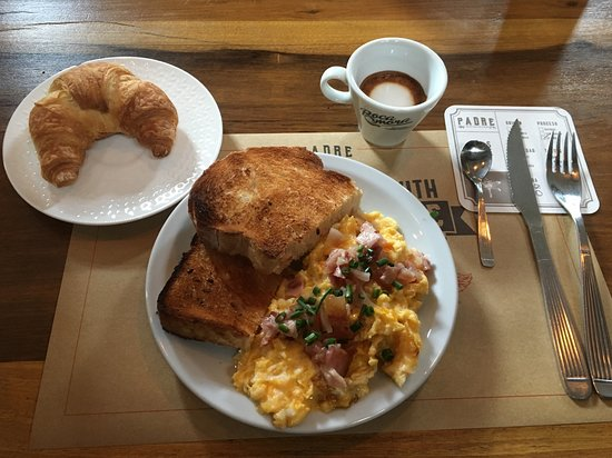 Padre Coffee Roasters : breakfast