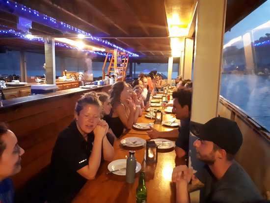 The Rock Adventure Overnight Cruise: Dinner time, fab food and wonderful company