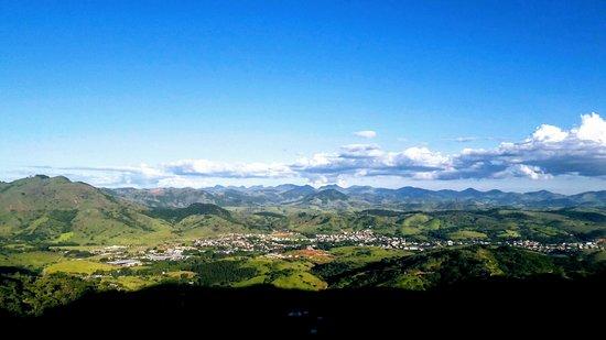 Sao Geraldo: Serra de Monte Celeste.  Distrito de São Geraldo - MG