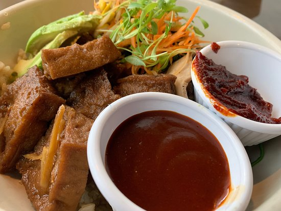 Lan Pan-Asian Cafe: The food here is consistently delicious.