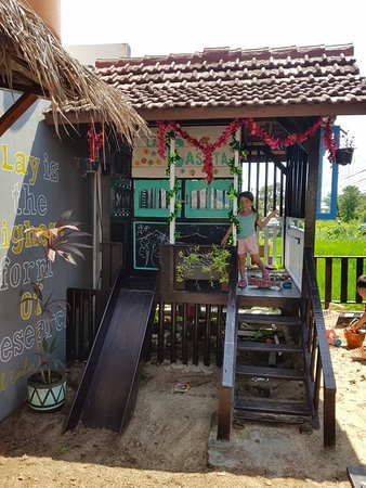 A little hut in the play area where my kids learn about the pulley system