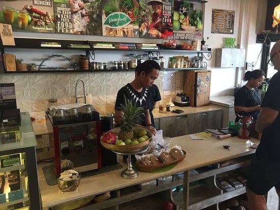 Livingwell : Cafe interior