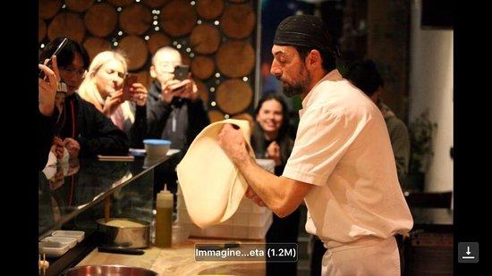 """Centocanti : Progetto Marco Polo Turandot Il """" Made in italy """" che unisce. Pizza. Un valore aggiunto.    La storia . Le sua tradizione . La sua evoluzione."""