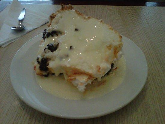 Manolo: excellent torta.