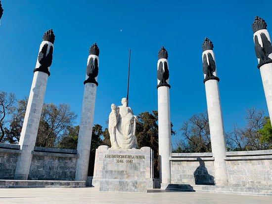 Monumento a los Ninos Heroes