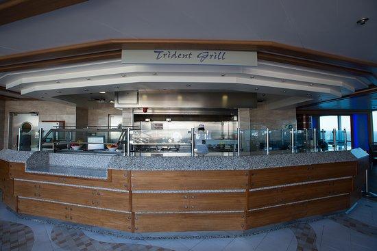 Trident Grill on Regal Princess