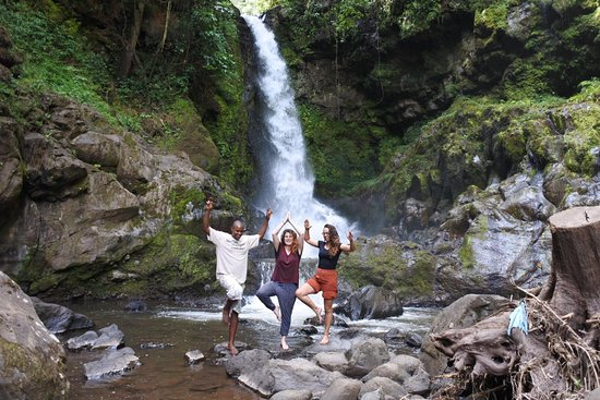 The Bigg Max Cultural Tours : Kilasia water falls is so good