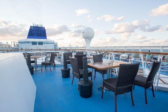 Champs Bar on Norwegian Sky