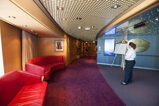 Eurodam: Queen's Lounge and Culinary Arts Center on Eurodam